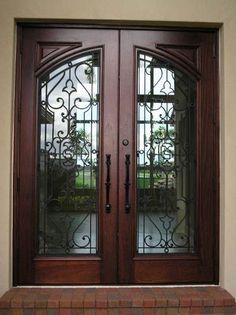 21 Ideas For Iron Front Door Ideas Beautiful Iron Front Door, Wood Front Doors, Glass Front Door, Wooden Doors, Main Entrance Door, Door Entryway, House Entrance, Arch Doorway, Wooden Door Design