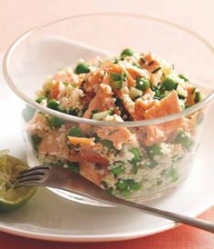 Salmon and Pea Tabbouleh - Recipe from Dr. Jean-Michel Cohen - Dare to . Healthy Soup, Healthy Dinner Recipes, Healthy Snacks, Healthy Eating, Pea Recipes, Salad Recipes, Tabbouleh Recipe, Clean Eating, Cooking Light