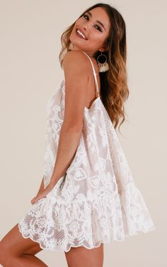 Lush Lover Dress In White Lace Produced in 2020 Hoco Dresses, Cute Dresses, Summer Dresses, Party Dresses, Summer Outfits, White Lace, White Dress, Look Fashion, Fashion Outfits