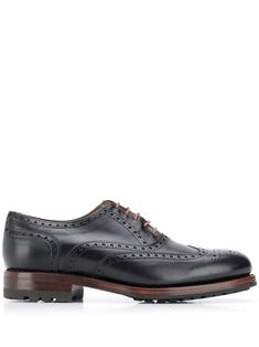 Berwick Shoes brogue detailing lace-up shoes - Black Lace Up Shoes, Black Shoes, Dress Shoes, Berwick Shoes, Leather Brogues, Color Negra, Oxford Shoes, Women Wear, Black Leather