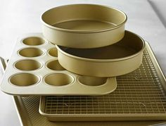 "Williams Sonoma Goldtouch® Nonstick Rectangular Cake Pan, 9"" x 13"""
