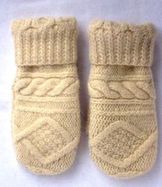 Womens Wool Mittens Crafted from a Recycled Creamy White Sweater and Lined with New Fleece