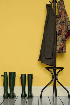 Trendy Kitchen Colors For Walls Yellow Farrow Ball - Angela Pt. Farrow Ball, Farrow And Ball Paint, Wall Colors, Paint Colors, Color Inspiration, Interior Inspiration, Yellow Hallway, Home Accessories Uk, Mad About The House