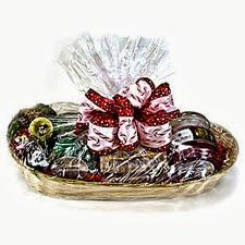 Give the gift of Mia Bella's for the holidays or any special occasion! We now have available (2) beautiful gift baskets that include your choice of fragrances in either (2) 9oz jar candles or (2) 16oz jar candles plus a mouth-watering Bella Bun.