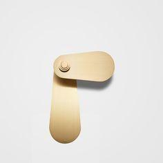 bouton de meuble en laiton g om trique traction du tiroir bouton de meuble poign es de porte. Black Bedroom Furniture Sets. Home Design Ideas