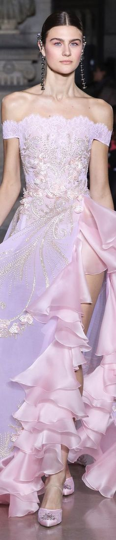 Georges Hobeika Spring-Summer Haute Couture Collection - Share The Looks Pink Fashion, Fashion 2017, Couture Fashion, Runway Fashion, Fashion Outfits, Paris Fashion, Georges Hobeika, Armani Prive, Iris Van Herpen