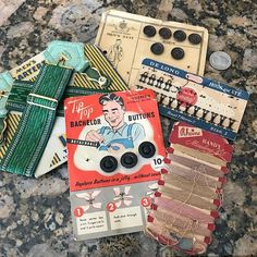 Vintage Sewing Lot Notions Bachelor Buttons Thread Hooks Eyes