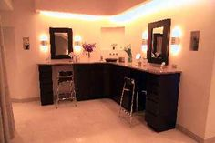 gorgeous corner make-up station