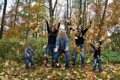 "Fall Family Photography Ideas | Family Fall Fun"" Throwing leaves!"