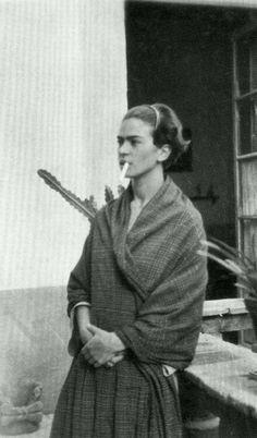 Frida Kahlo, anonym 1930