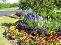 This is how I want the corner flowerbed!!!