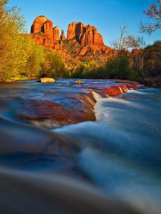 Cathedral Rock at Red Rock Crossing, Sedona, Arizona; photo by .Guy Schmickle