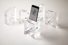 elago Acoustic Amplification Stand for iPhone 6.