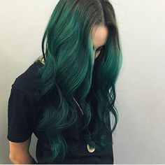 Green goddess!! These long green locks are everything!