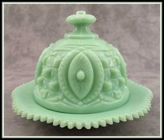 JADEITE GREEN GLASS Large ROUND DOMED BUTTER DISH