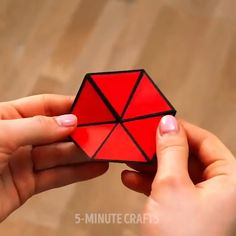 Super cute fun card crafts to make for the people you love this Diy Crafts Hacks, Diy Crafts For Gifts, Card Crafts, Diy Home Crafts, Diy Arts And Crafts, Creative Crafts, Crafts To Make, Cool Paper Crafts, Paper Crafts Origami