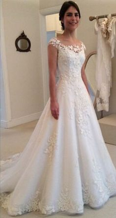 2016 Lace Applique A-line Wedding Dresses Capped Sleeves Buttons Back Elegant Bridal Gowns