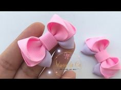 Making Hair Bows, Diy Hair Bows, Girl Hairstyles, Headband Hairstyles, Pom Pom Crafts, Kanzashi Flowers, Flower Making, Rosettes, Hair Clips