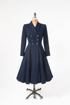 1940s Fitted Navy Blue Wool Coat - Vintage Fifth Avenue New York    1940s fitted wool coat.  Beautiful lines.  Wide structured shoulders.  Open