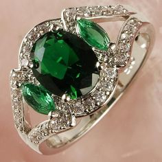 'Captivating Oval Cut Emerald Quartz White Topaz Gemston' is going up for auction at 4pm Sat, Jun 22 with a starting bid of $10.