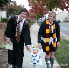 Harry Potter Costume DIY Halloween – Baby / Toddler Hedwig the Owl Costume from Harry Potter Diy Halloween Baby, Halloween Bebes, Toddler Halloween Costumes, Halloween Costumes For Kids, Maternity Halloween, Halloween Cosplay, Halloween Ideas, Happy Halloween, Diy Baby Costumes