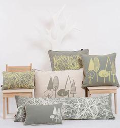 Almohadones de diseño argentino serigrafiado 100% algodón relleno de vellón siliconado. Varios diseños.
