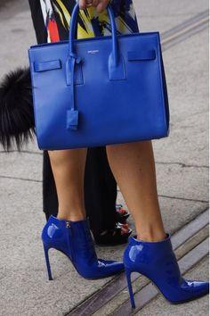 ed4b56b96 Sapatos Fashion, Tendência Em Sapatos, Sapatos Chiques, Roupas, Bolsas De  Grife,