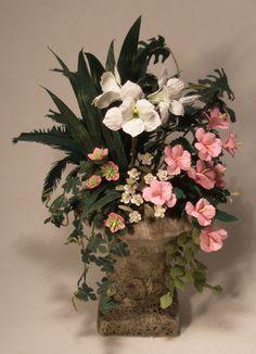 Garden Urn #1 by Paula Gilhooley - $125.00 : Swan House Miniatures DIY, For dollhouse miniature building and finishing