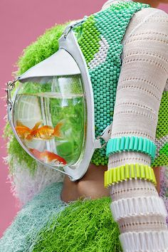Colour bomb: Retro futuristic fashion by Cassandra Verity Green Weird Fashion, Look Fashion, Fashion Details, Fashion Art, Editorial Fashion, Fashion Show, Fashion Design, Green Fashion, Fashion Beauty