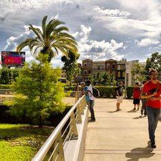 A Day in the Life: #fullsailuniversity campus