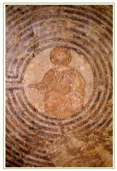 Il Cristo nel labirinto è un affresco di autore ignoto, ubicato nell'ex-convento di San Francesco in Alatri (FR).
