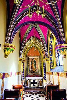 La Virgen de Guadalupe~Chapel in Mexico. I would love a personal chapel like this! Mexican Colors, Mexican Style, Mexican Art, Monuments, South Of The Border, Mexican Designs, Cathedral Church, México City, Chapelle