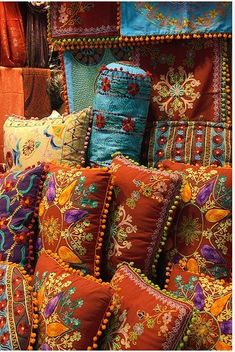 GYPSY INTERIORS | HomeKooKoo love the hand made crafts and the vivid colours