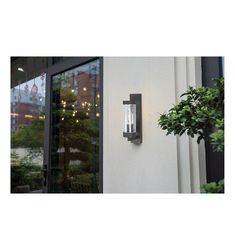 Απλίκα Φωτιστικό Τοίχου, σε vintage στυλ, πλαστικό σε μαύρο. -------------------------- Wall lamp, in vintage style, from plastic in black. #papantoniougr #papantoniou #ideallux #lightingsolutions #lighting #walllight #gardenlight #gardenideas #hotelgarden #hoteldecor #decoration #gardenlovers #gardenlighting #fotismos #restaurant #hotellighting #decoration Vintage, Vintage Comics