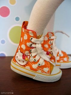 f3024d70482 You cant beat this fashion Hello Kitty Shoes