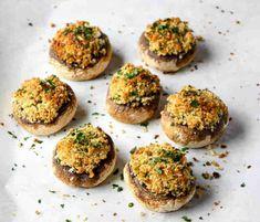 Classic Stuffed Mushrooms Puff Pastry Appetizers, Mushroom Appetizers, Mushroom Recipes, Easy To Make Appetizers, Finger Food Appetizers, Yummy Appetizers, Holiday Appetizers, Finger Foods, Appetizer Recipes