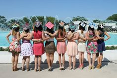 Cute graduation pictures to take