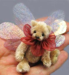 Renita (6cm) by inge bears