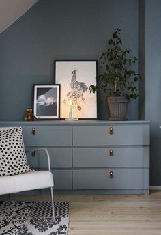 "Most recent Photographs Use the basic background carpentry painting small rolls. Strategies A ""theme"" works through the Websites and pages of this network earth: Ikea Hacks. Room, Interior Inspiration, Home Decor, Living Room Interior, House Interior, Home Deco, Room Decor, Interior Design Living Room, Interior Design"