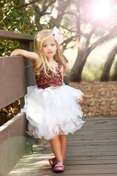 Cute tutu dress! Its a little different for the ones I normally see, I like it. - Organize in #KlaserApp