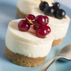 Delicious mini cheesecake desserts that you can top with a variety of fruit. YUM!