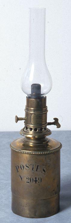 Lampe wagon ambulant 19ème siècle © L'Adresse Musée de La Poste / La Poste, DR