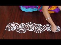 simple side border kolam //simple border design small rangoli simple border side border kolam easy borders latest kolam easy small kolam simple kolam sides k. Rangoli Side Designs, Simple Rangoli Border Designs, Rangoli Simple, Rangoli Designs Latest, Rangoli Borders, Free Hand Rangoli Design, Small Rangoli Design, Rangoli Ideas, Rangoli Designs Diwali