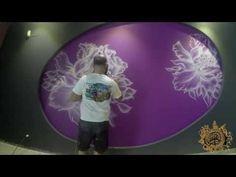 Mural decorativo pintado a mano con flores en un solo color - YouTube