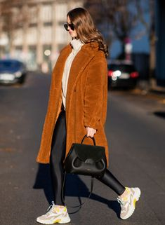 6 Winter Outfit Formulas for 2018 - PureWow Leggings Depot, Fleece Leggings, Best Leggings, Classy Work Outfits, Casual Outfits, Future Clothes, On Repeat, Fall Jackets, Catwalks