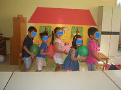 παιχνιδοκαμώματα στου νηπ/γειου τα δρώμενα: παιχνίδια γνωριμίας και.....ποια είναι η κυρία Κατερίνα ??? 1st Day, Autumn Activities, Classroom Organization, Back To School, Preschool, Family Guy, Games, Blog, Character