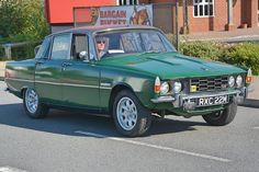 1974 Rover P6 V8 Classic Cars British, British Car, Old Classic Cars, Rover P6, 1990s Cars, Cars Uk, Truck Design, Steve Mcqueen, Commercial Vehicle