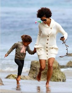 Halle & Nahla's Beach Day via Star Snapshots' Celebrity family shots!