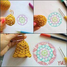 Crochet Bell><Szydelkowy Dzwonek / 종 Crochet Christmas Decorations, Crochet Decoration, Crochet Ornaments, Christmas Crochet Patterns, Holiday Crochet, Crochet Snowflakes, Crochet Flower Patterns, Crochet Home, Diy Crochet