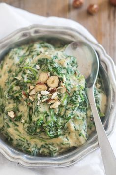 Creamed Spinach Made With A Delicious Cauliflower Sauce.